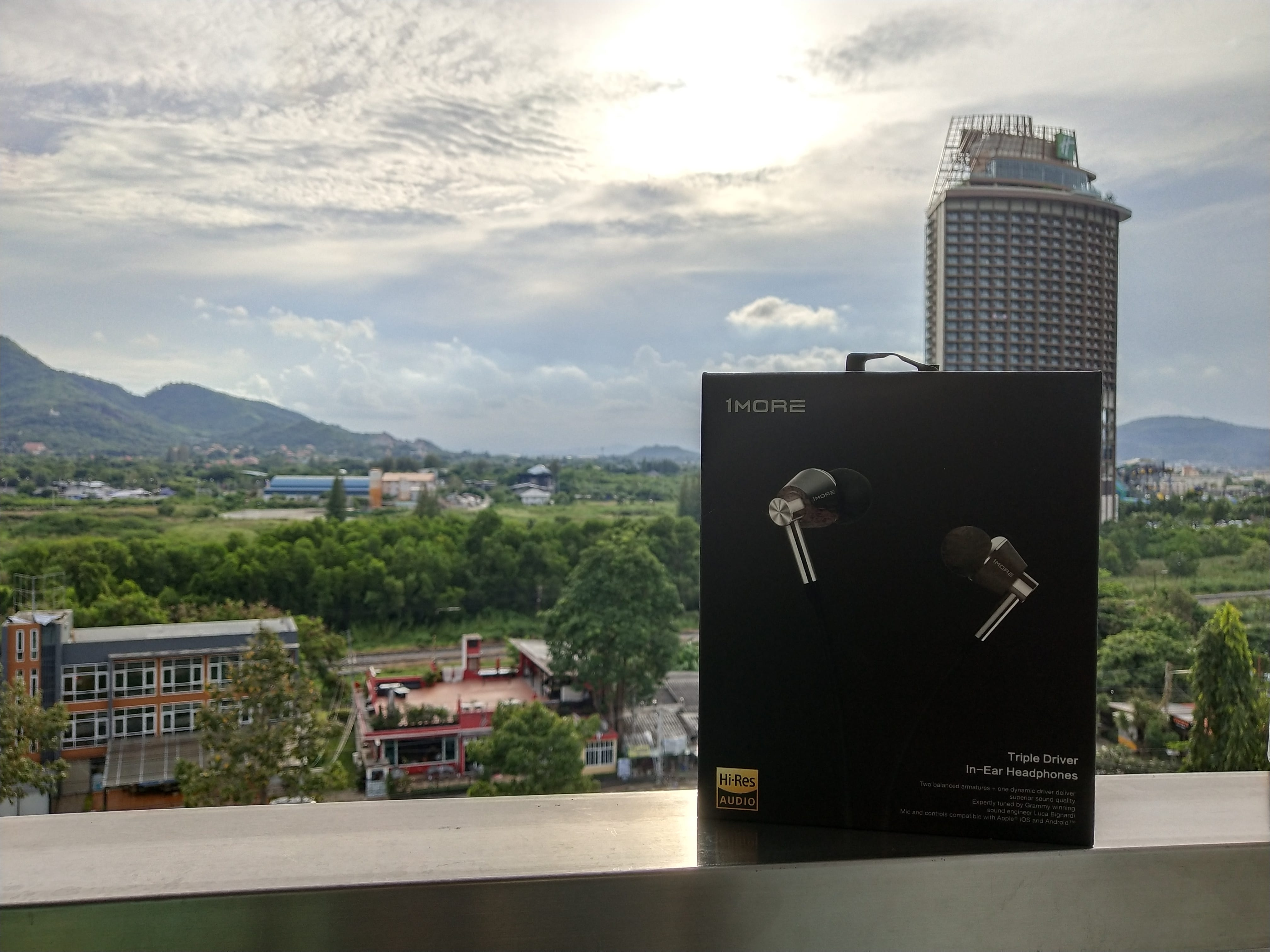 รีวิวหูฟัง 1MORE Triple Driver In-Ear Headphones 1